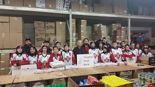 Minor Bantam AA Team Donates and Delives to Vaughan Food Bank